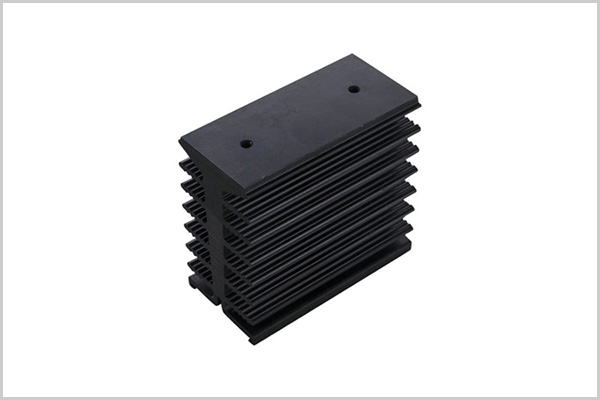 Aluminum alloy radiator extruded parts4