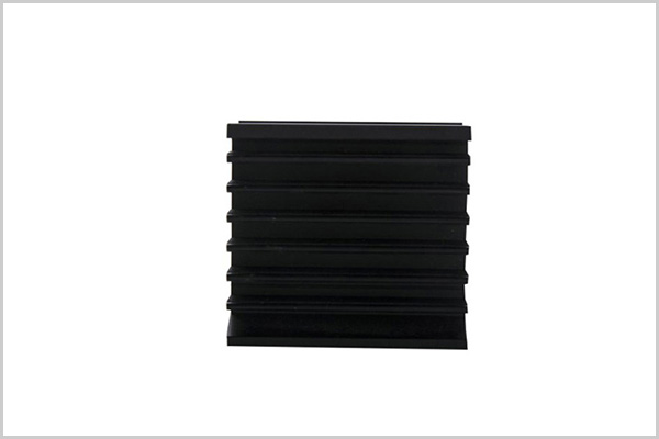 Aluminum alloy radiator extruded parts5
