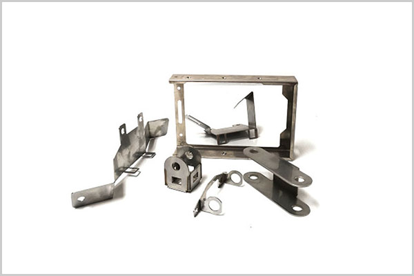 Sheet metal parts bending0202